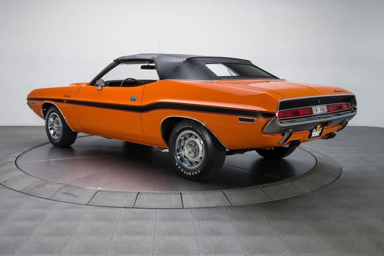 1970 Dodge Challenger 13