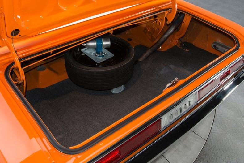 1970 Dodge Challenger 52