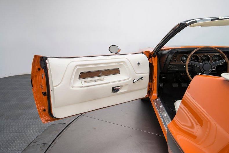 1970 Dodge Challenger 54