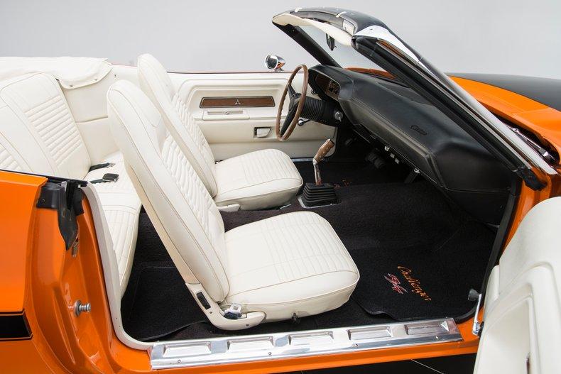 1970 Dodge Challenger 67