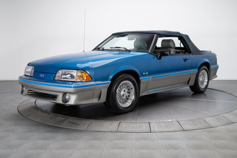 1989 Ford Mustang 9