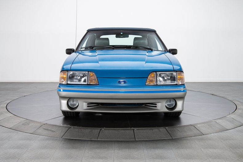 1989 Ford Mustang 22