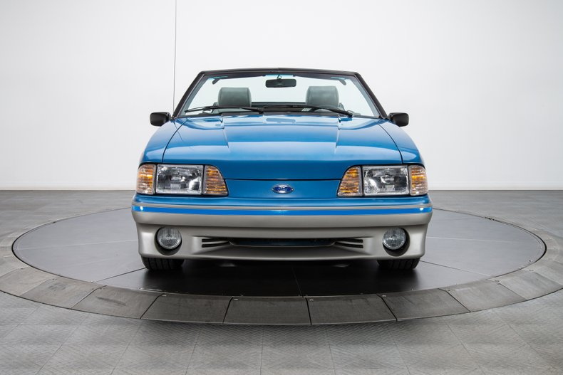 1989 Ford Mustang 21