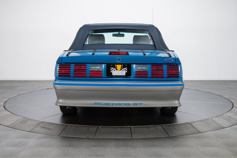 1989 Ford Mustang 30