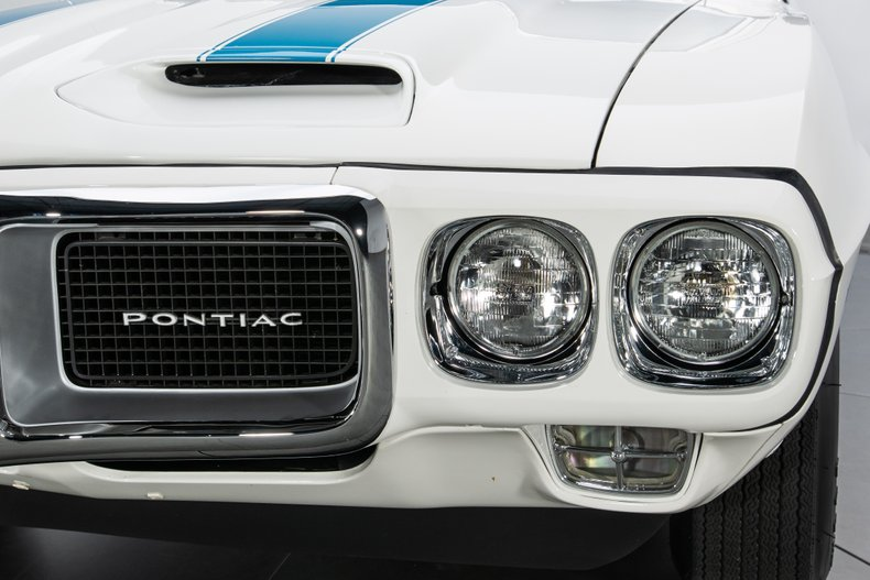 1969 Pontiac Firebird 18