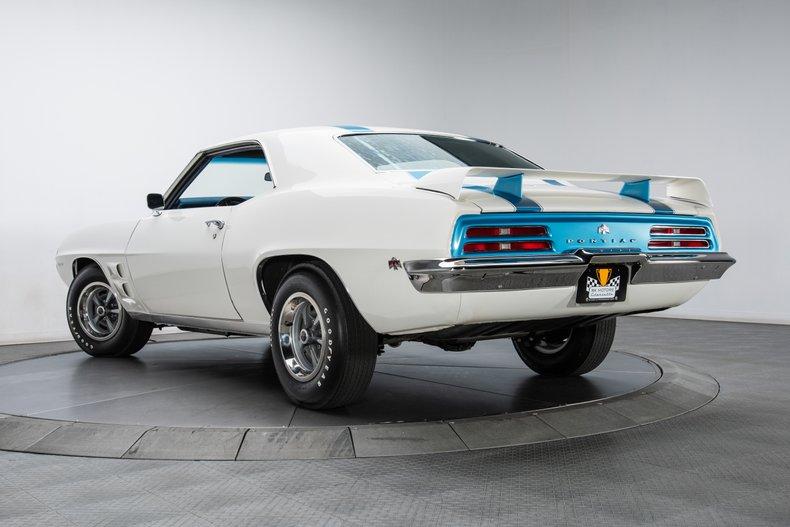 1969 Pontiac Firebird 31