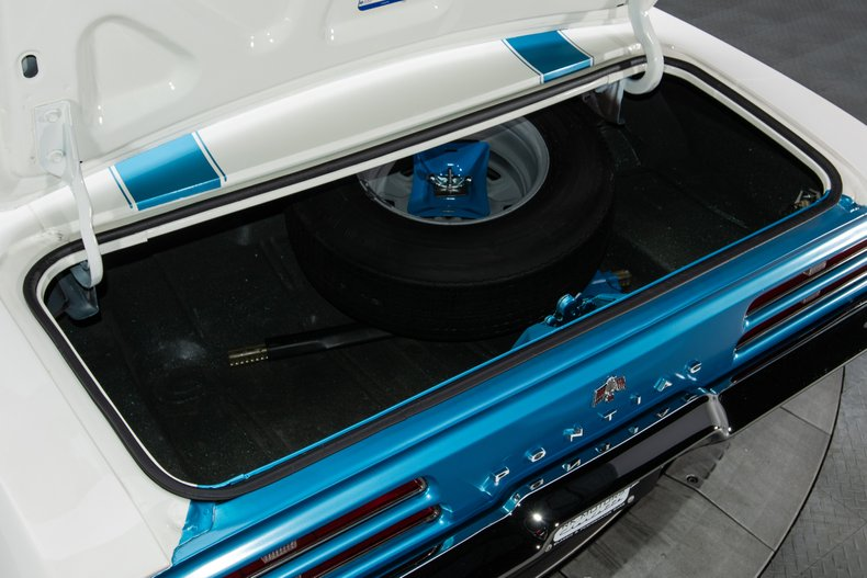 1969 Pontiac Firebird 44