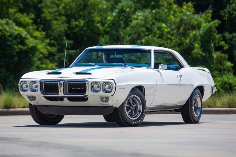 1969 Pontiac Firebird 3