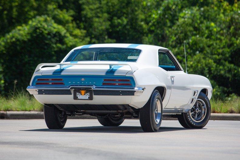 1969 Pontiac Firebird 4