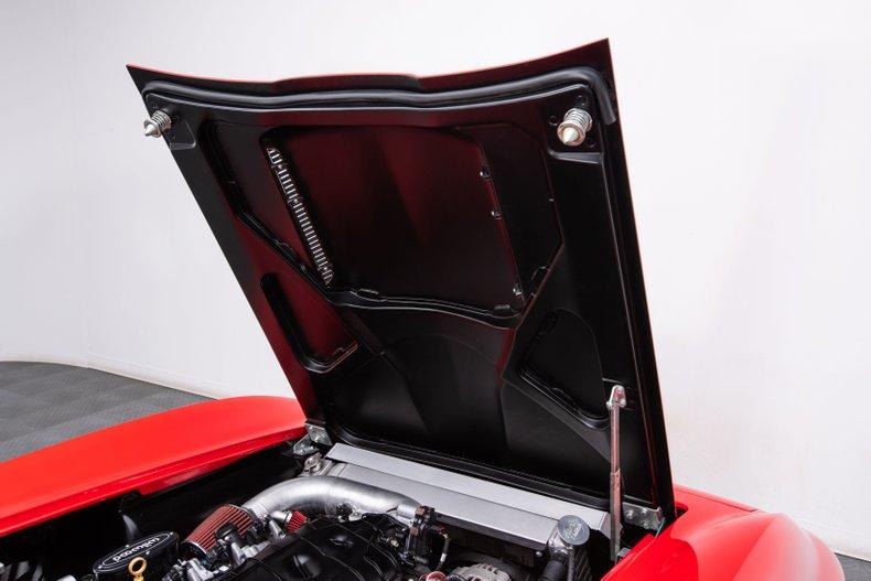 1966 Chevrolet Corvette 43