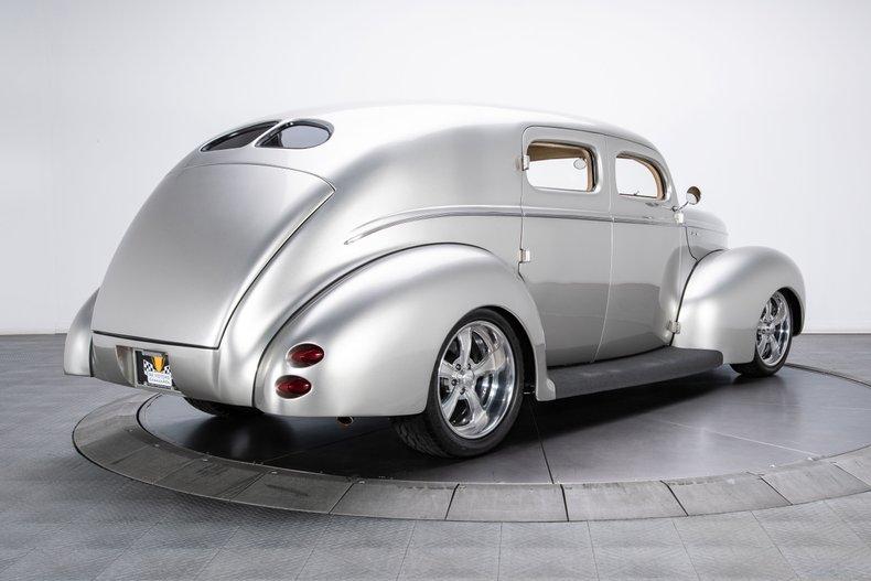 1940 Ford Sedan 2