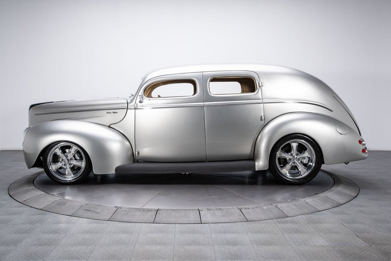 1940 Ford Sedan 12