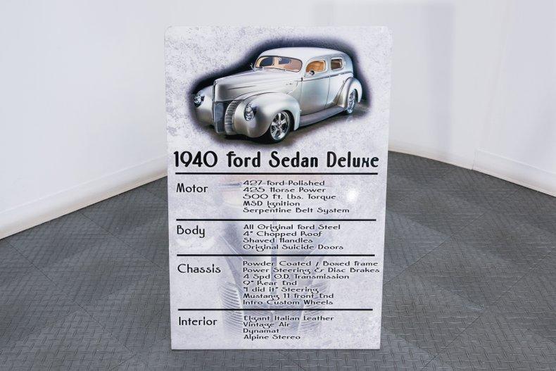 1940 Ford Sedan 108