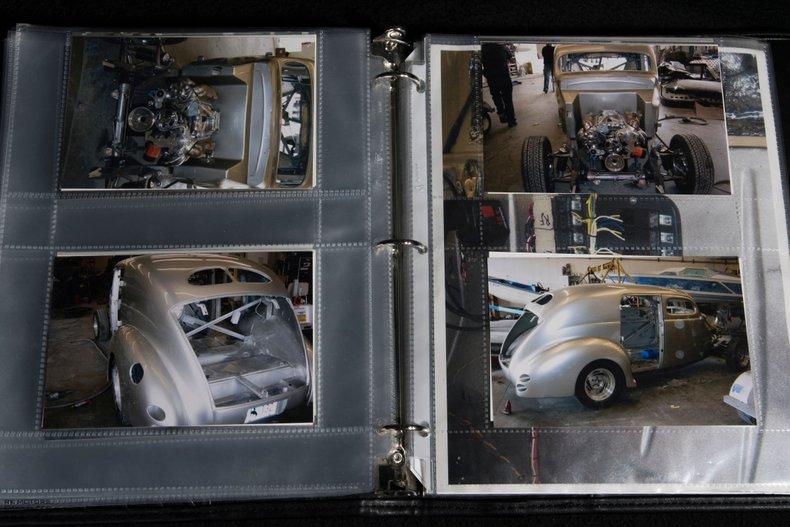 1940 Ford Sedan 94