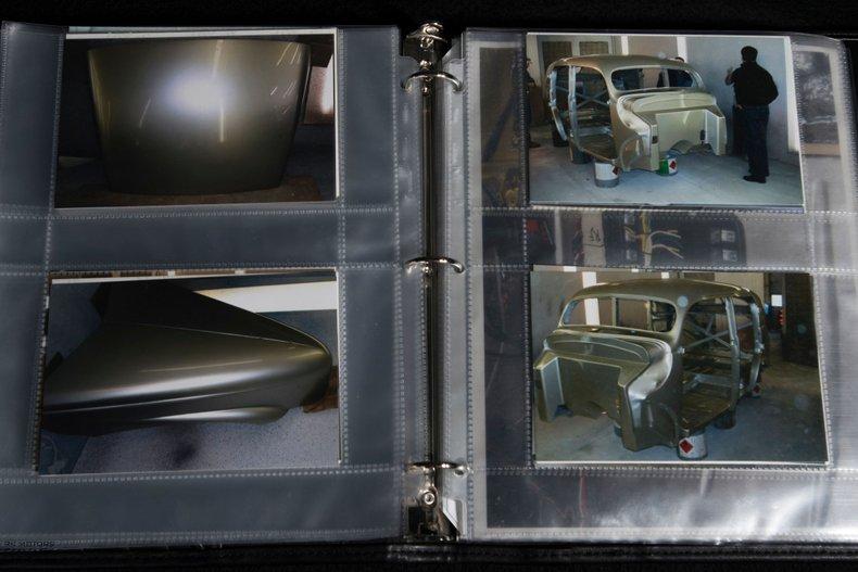 1940 Ford Sedan 92