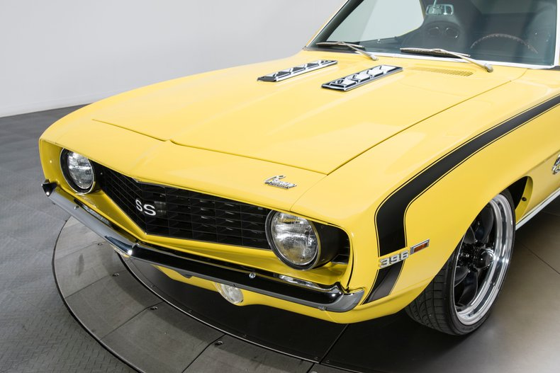 1969 Chevrolet Camaro 11