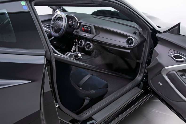2018 Chevrolet Camaro 79
