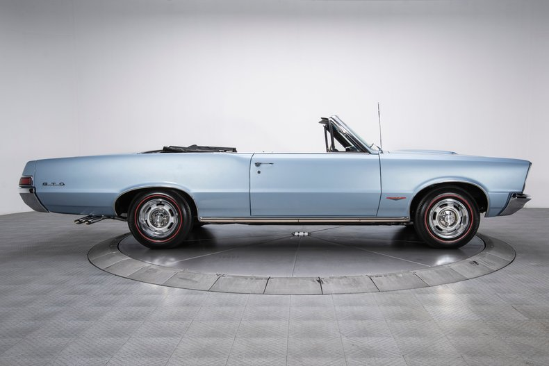 1965 Pontiac GTO 14