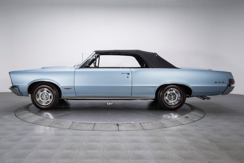 1965 Pontiac GTO 17