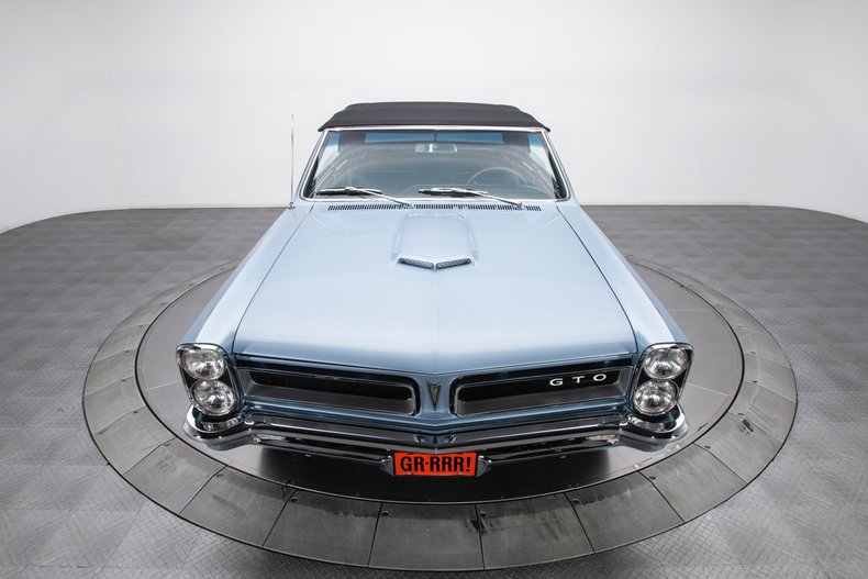 1965 Pontiac GTO 21