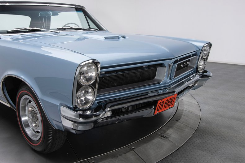 1965 Pontiac GTO 22