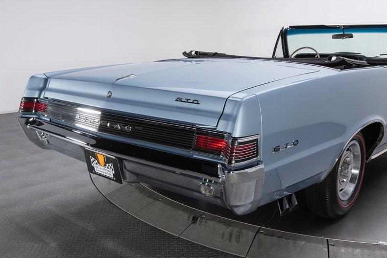 1965 Pontiac GTO 31