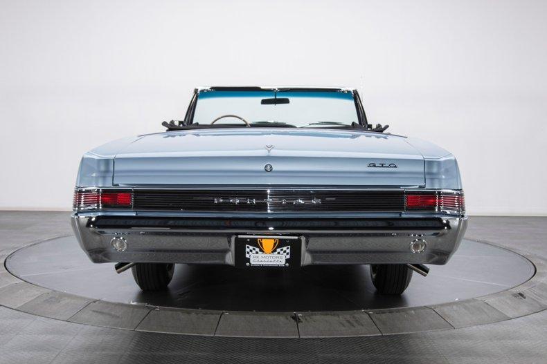 1965 Pontiac GTO 32
