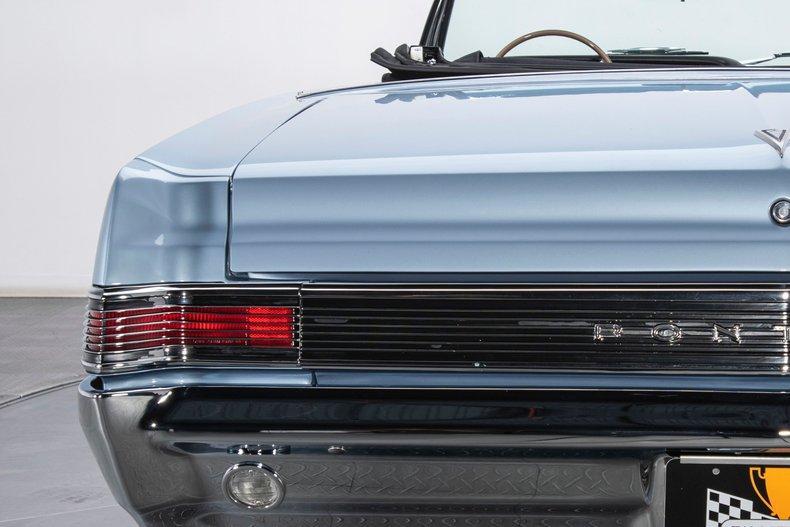 1965 Pontiac GTO 36