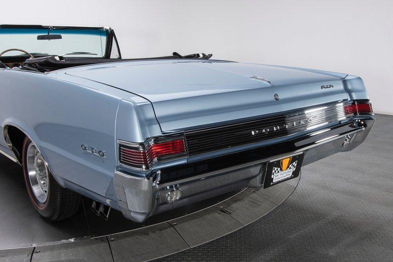 1965 Pontiac GTO 35