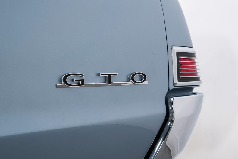 1965 Pontiac GTO 37