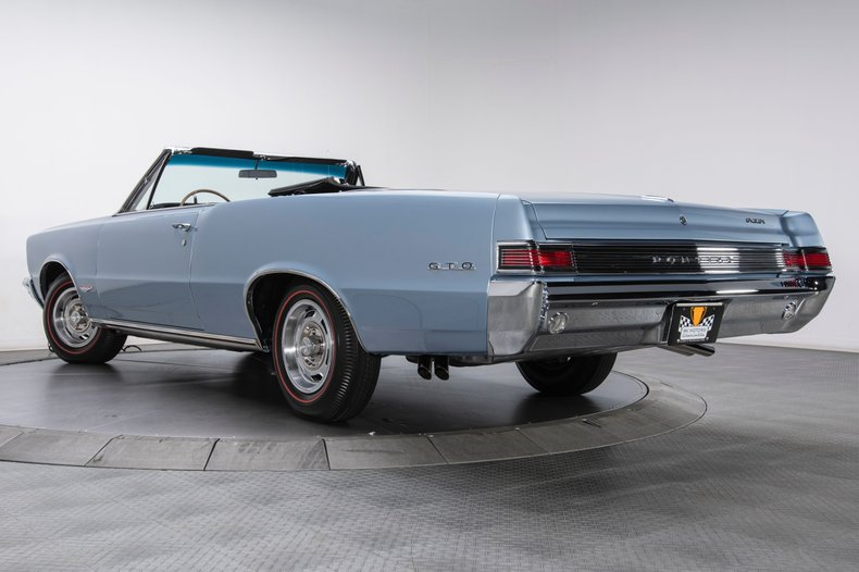 1965 Pontiac GTO 43