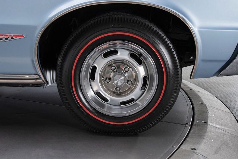 1965 Pontiac GTO 60