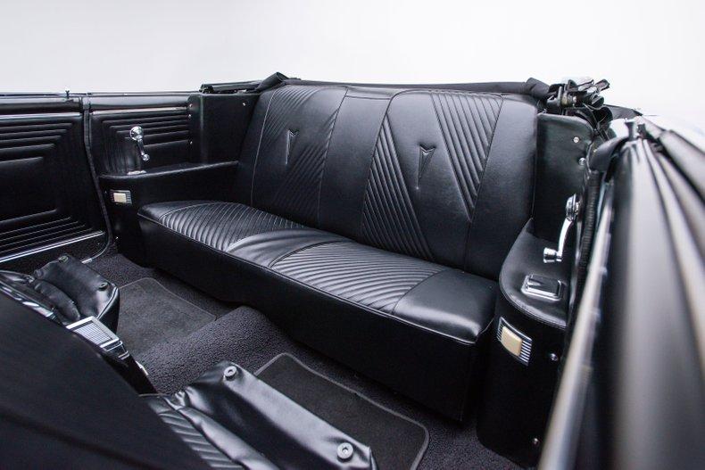 1965 Pontiac GTO 64