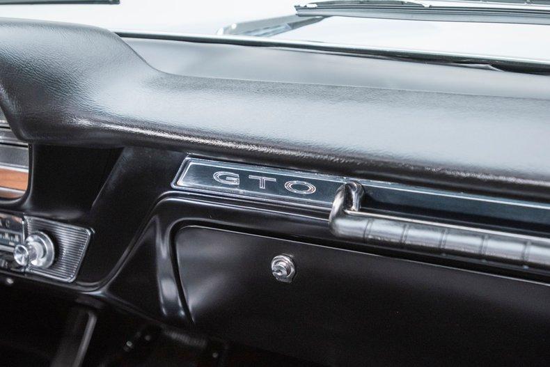1965 Pontiac GTO 73