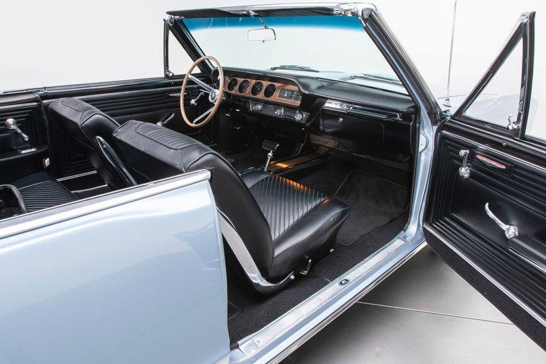 1965 Pontiac GTO 77
