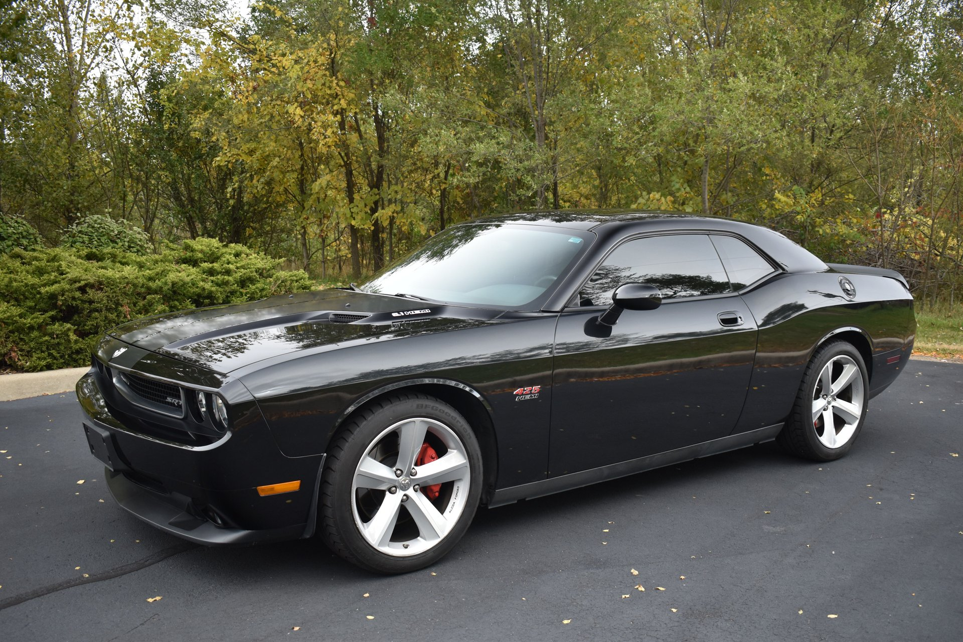 2010 dodge challenger srt 8