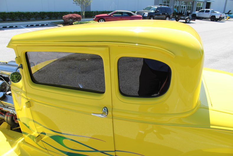 1931 ford 5 window