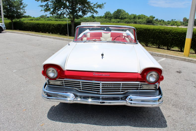 1957 Ford Skyliner for sale #165313 | Motorious