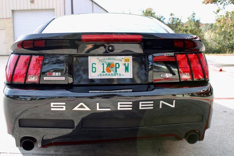 2000 ford mustang saleen