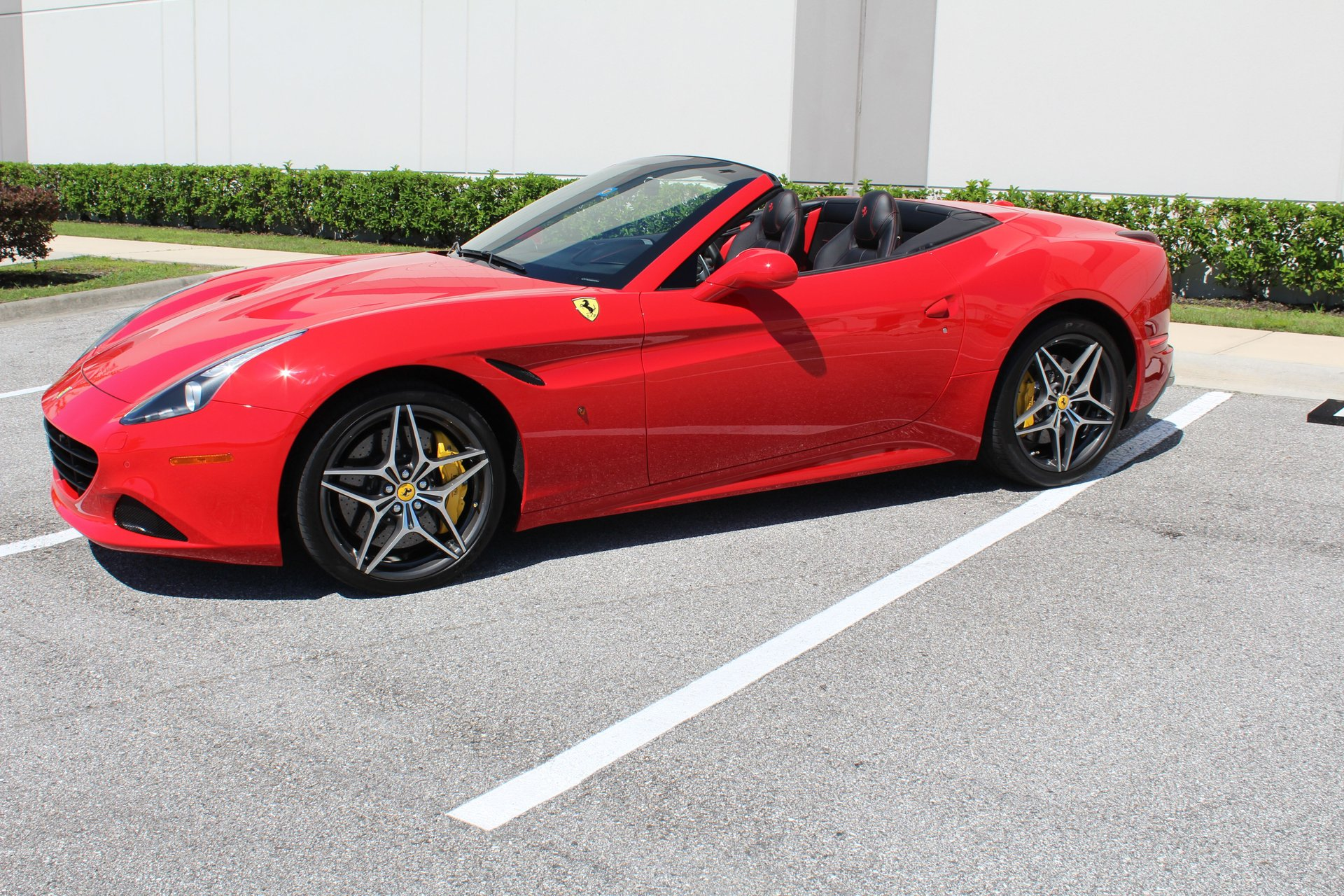 2016 ferrari california t my16