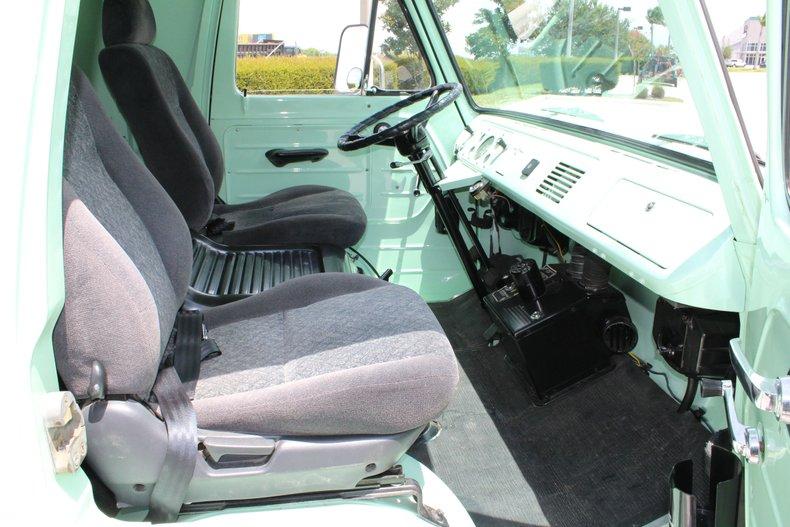 1961 ford econoline