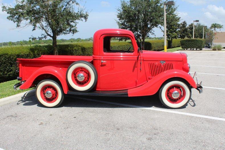 1935 ford 1 1 2 ton pickup