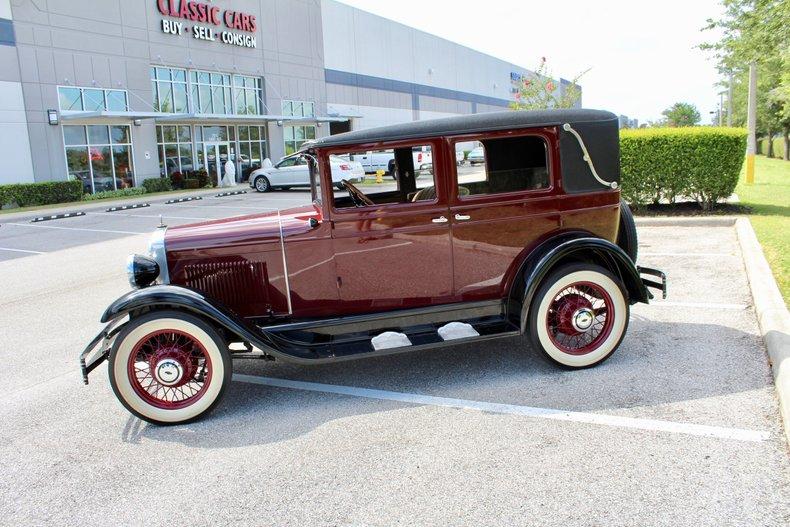 1928 chevrolet landau deluxe