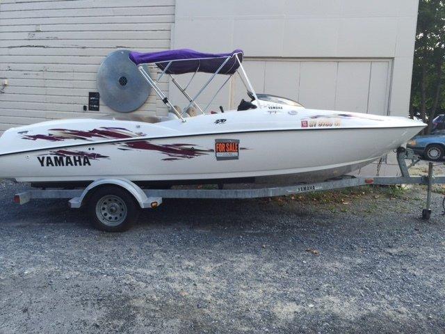 1999 Yamaha Jet Boat