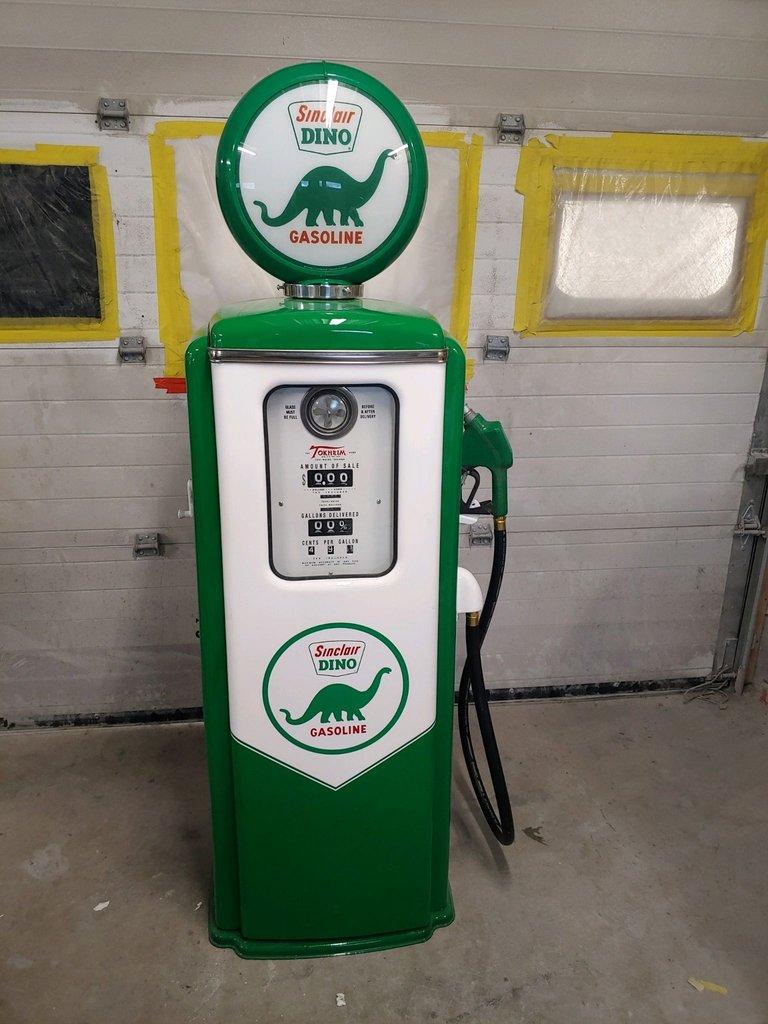 Tokheim 39 Gas Pump Sinclair Dino