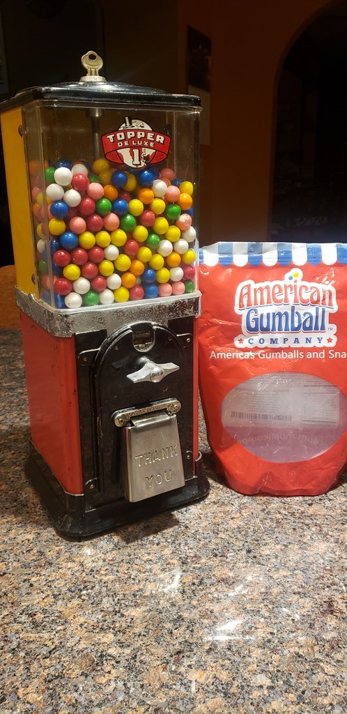 1950 Toppers 1 Cent Gumball Machine