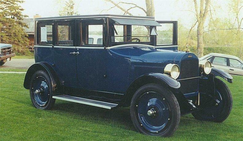 1923 Gardner Sedan