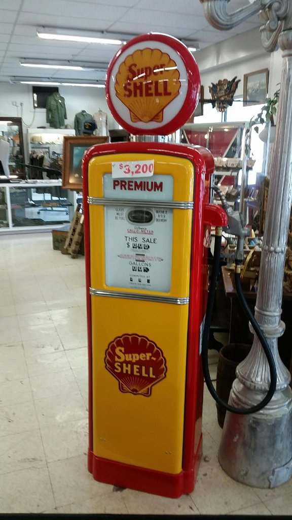1940 Gilbarco 96 Tall Super Shell Gas Pump