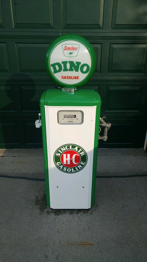1950 MS Sinclair Dino Dock Pump