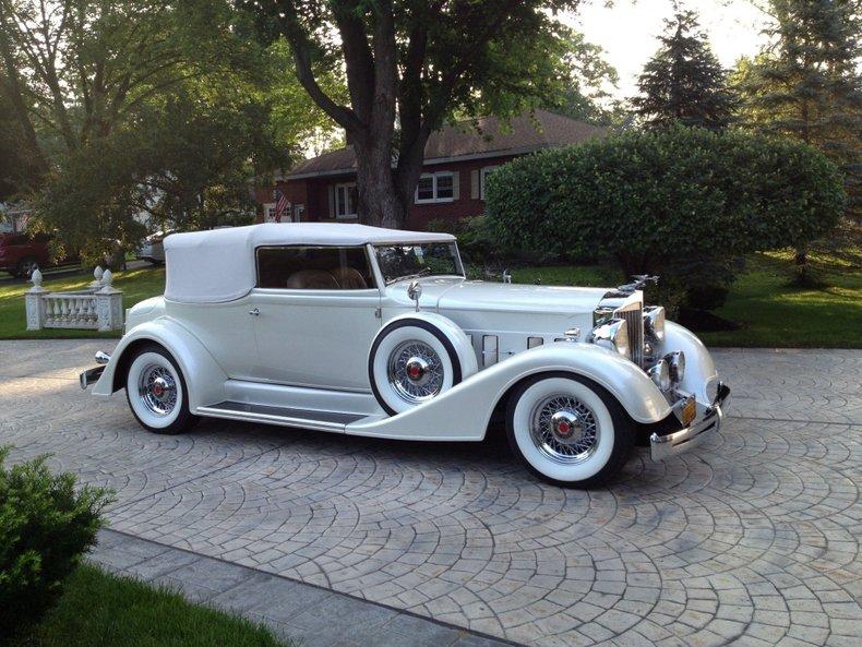 1934 Packard Victoria
